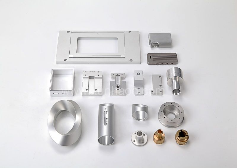 CNC milling and turning components